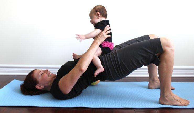 mom-exercising-with-her-baby_t20_e8W3Bo