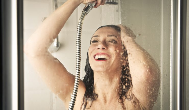 woman-in-a-shower-P3X2HZY